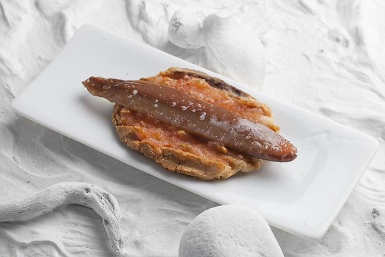 Tosta de sardina ahumada Aquí Santoña