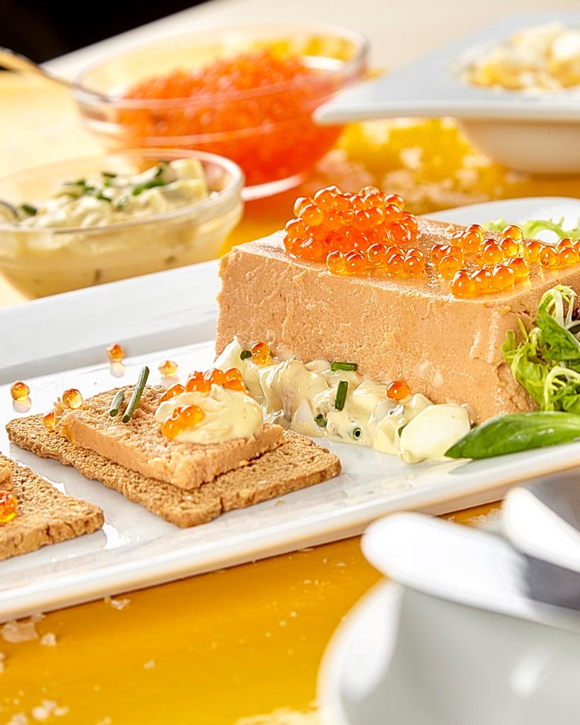 Pastel de cabracho con salsa tártara